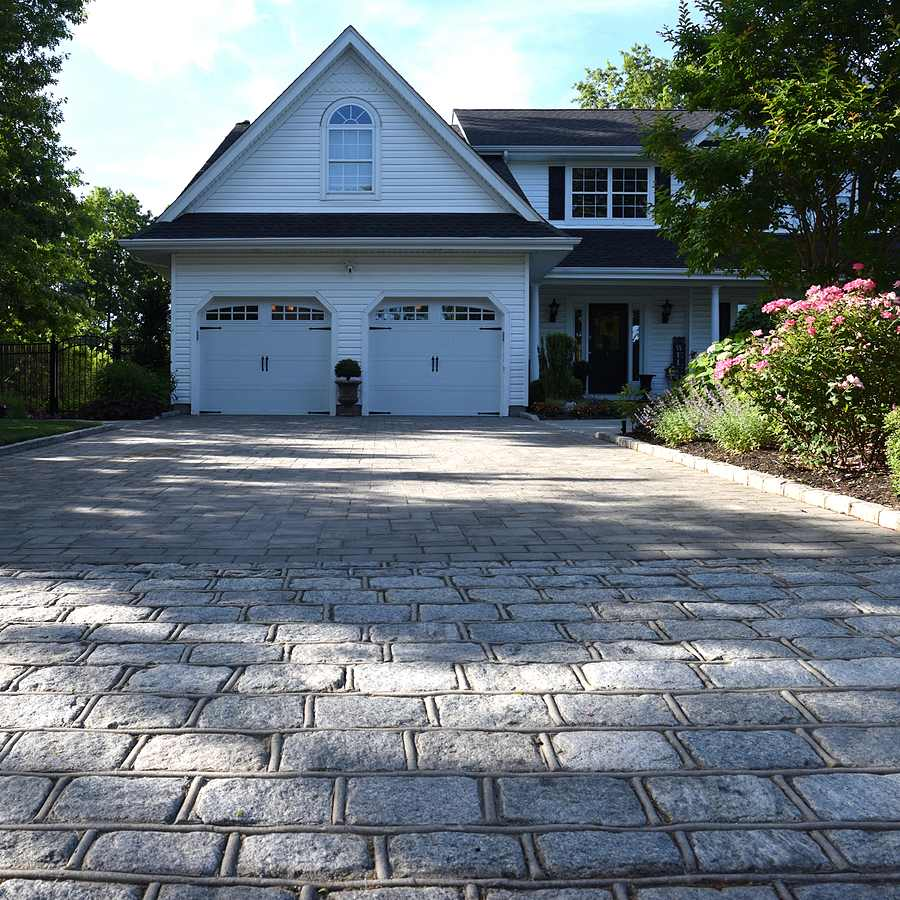 driveway pavers in front of house
