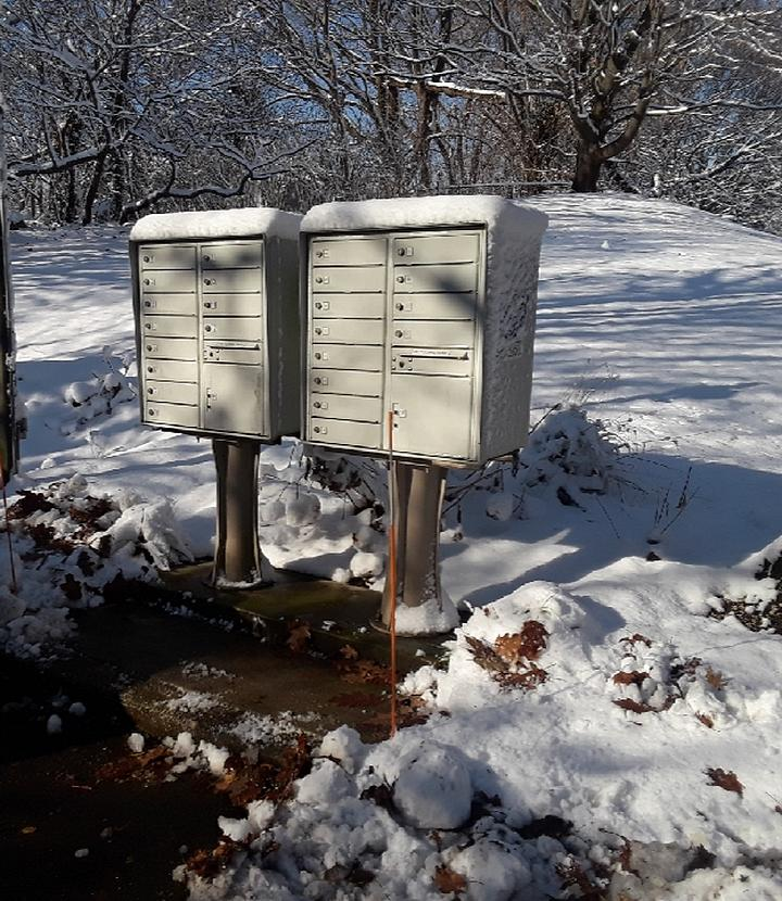 snow cleared mailboxes